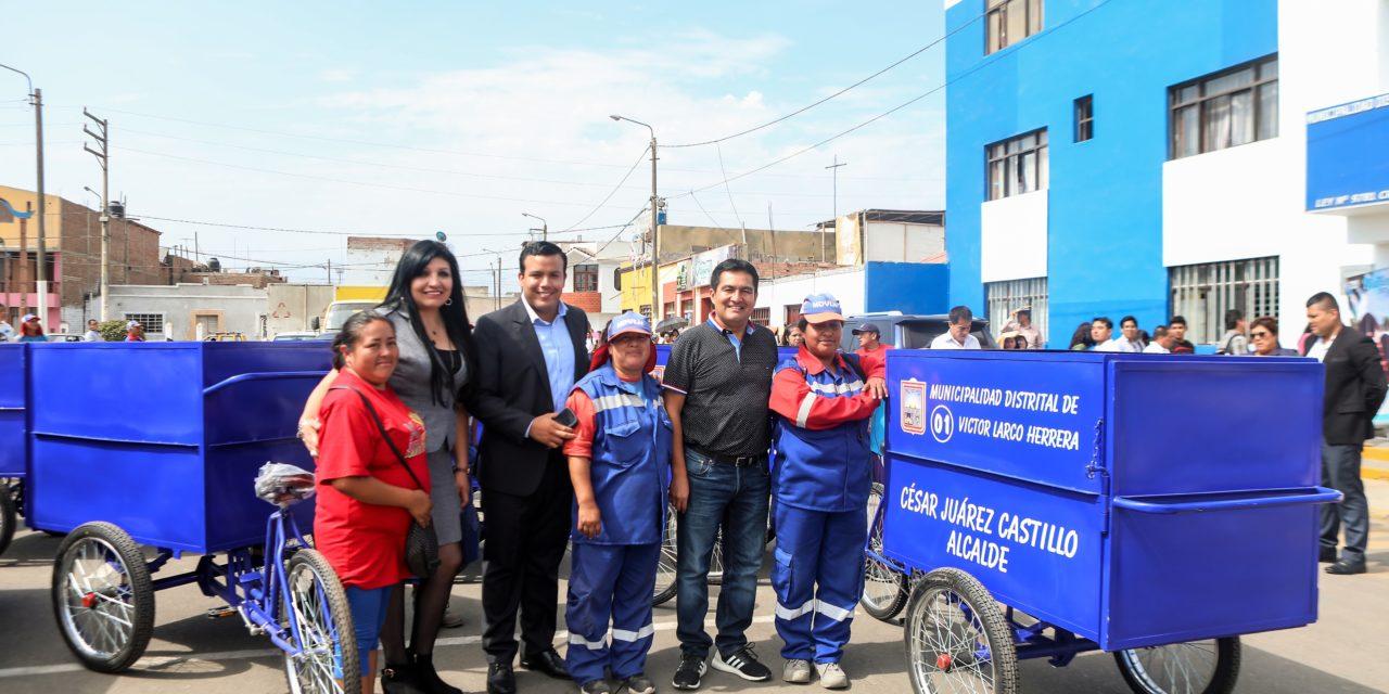 Entregan triciclos para optimizar limpieza en Víctor Larco