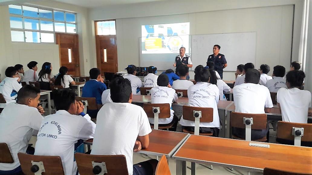 Capacitan a brigadistas y docentes sobre sismos y tsunami