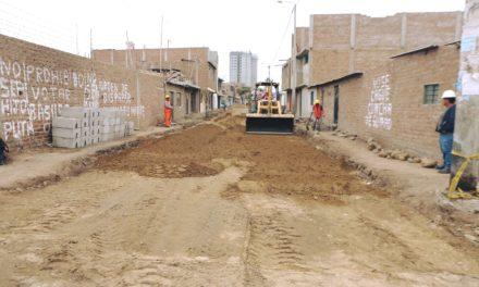 En un 20% de ejecución se encuentran obras en calle Los Pinos, sector Los Manguitos